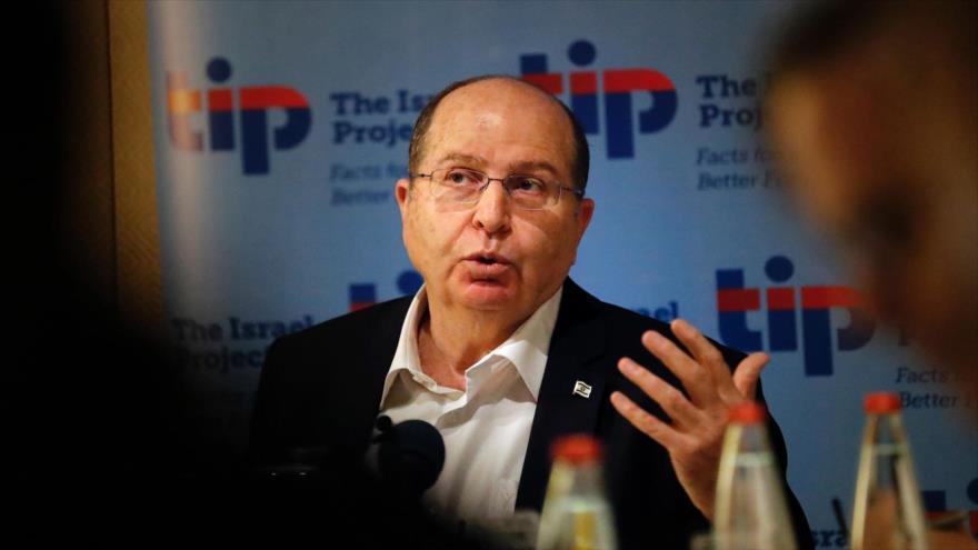 Haaretz revela lazos de exministro israelí Yaalon con rebeldes sirios