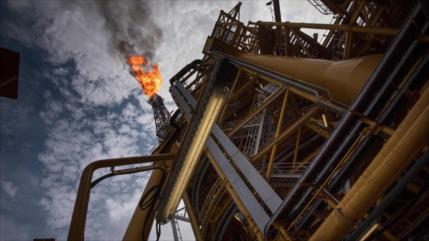 Se hunde el precio de petróleo por temor a una sobreoferta