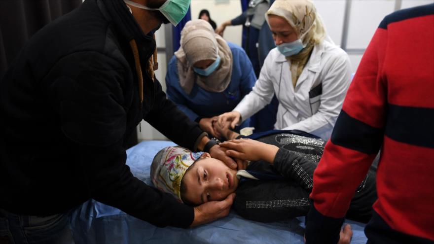 Zarif: El Occidente no condena ataques químicos lanzados por aliados