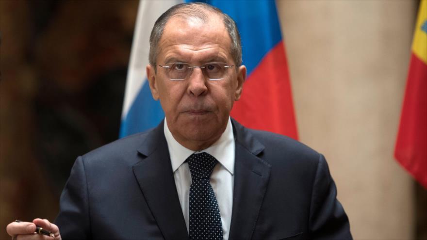 El canciller ruso, Serguéi Lavrov, habla en una rueda de prensa en Madrid, la capital española, 6 de noviembre de 2018. (Foto: AFP)