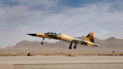 'Irán, listo para exportar aviones de combate nacionales'
