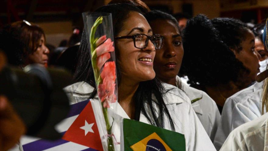 Cuba acusa a Bolsonaro de querer eliminar el programa Más Médicos