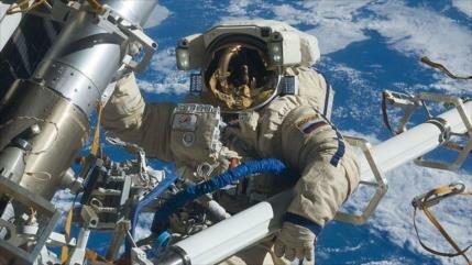 Rusia podría construir estación orbital lunar en 2025