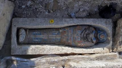 Egipto anuncia hallazgo de ocho momias en una pirámide de Dahshur