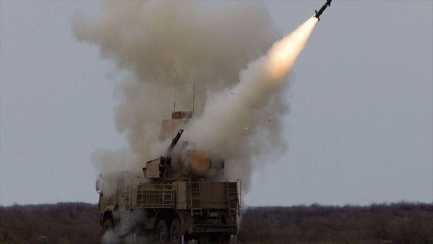 """Defensa antiaérea siria derriba """"objetivos enemigos"""" al sur de Damasco"""
