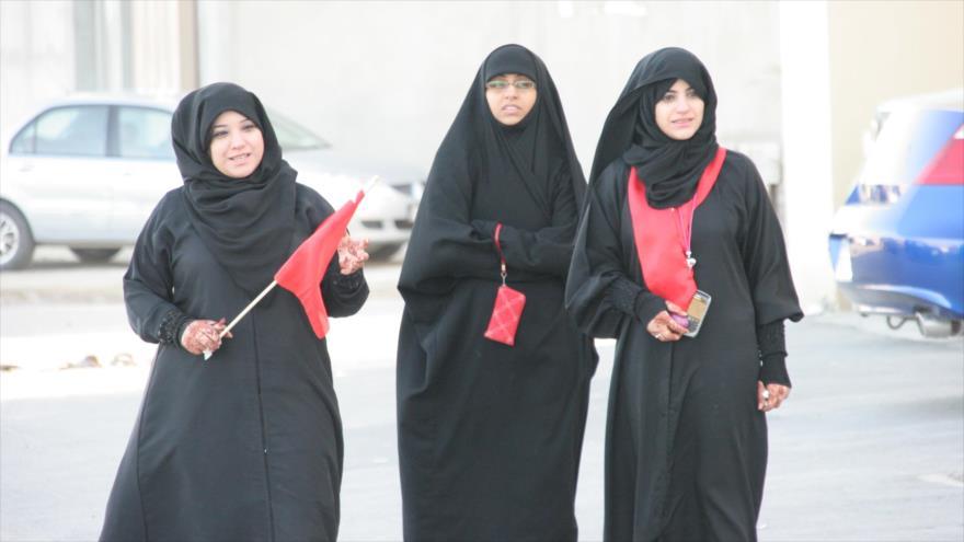 Mujeres bareiníes durante una manifestación contra los Al Jalifa.