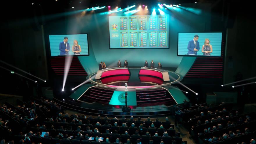 Ceremonia del sorteo clasificatorio para la competición de fútbol de la UEFA Euro 2020 en Dublín, Irlanda, 2 de diciembre de 2018. (Foto: AFP)