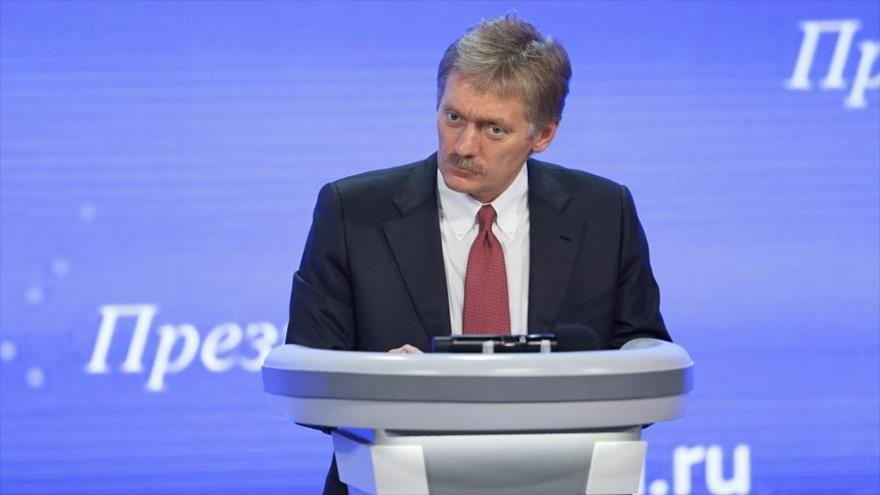 El portavoz de la Presidencia rusa, Dmitri Peskov, ofrece un discurso en Moscú (capital).
