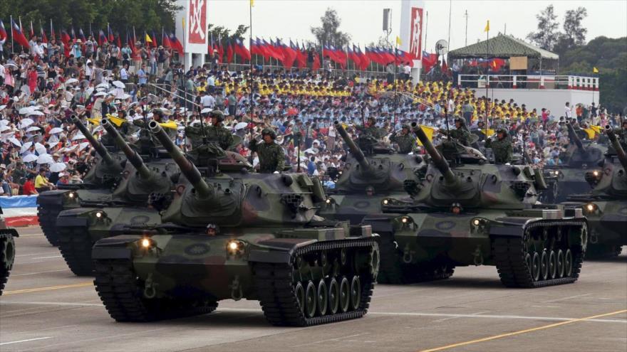 Desfile de las Fuerzas Armadas taiwanesas en Taipéi, la capital de la isla.