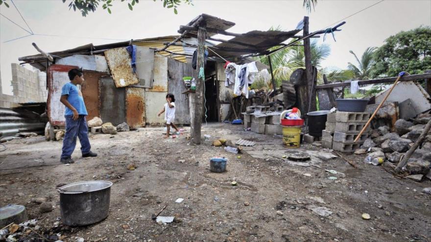 Niños argentinos que viven en la pobreza extrema.