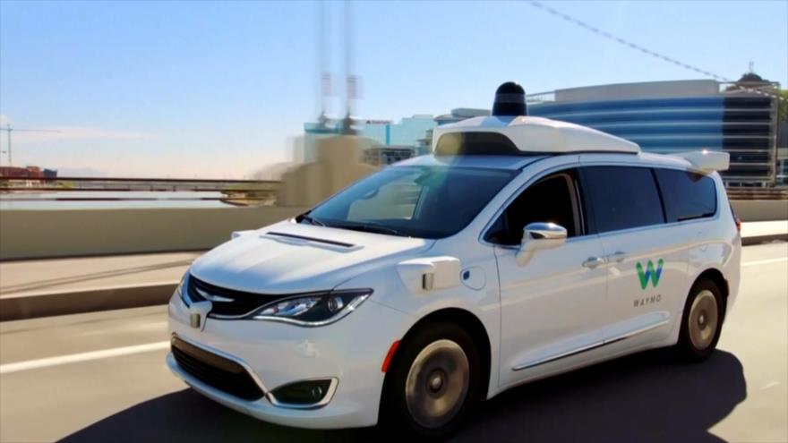 Waymo lanza ya su servicio de alquiler de vehículos autónomos