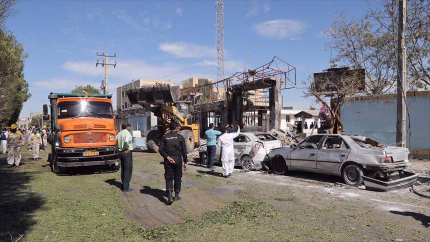 El lugar de la explosión provocada por los terroristas en la ciudad de Chabahar, en el sureste de Irán, 6 de diciembre de 2018. (Foto: AFP)