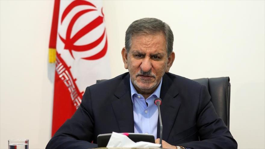 El vicepresidente primero de Irán, Eshaq Yahanguiri, en una reunión en Teherán, capital persa.