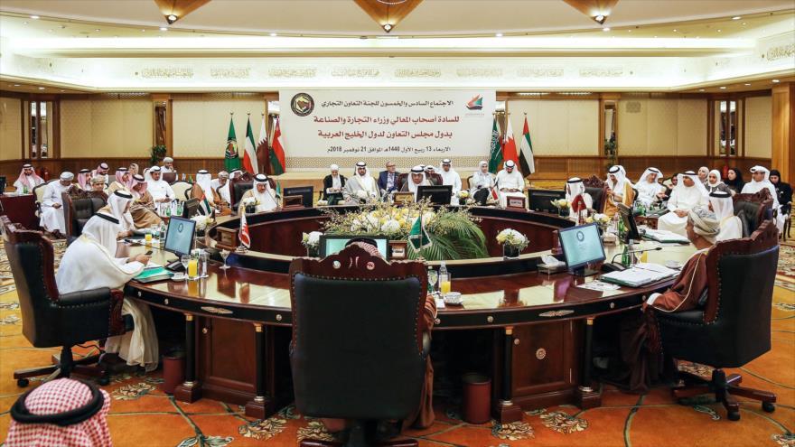Representantes económicos del Consejo de Cooperación del Golfo (CCG), Kuwait, 21 de noviembre de 2018. (Foto: AFP)