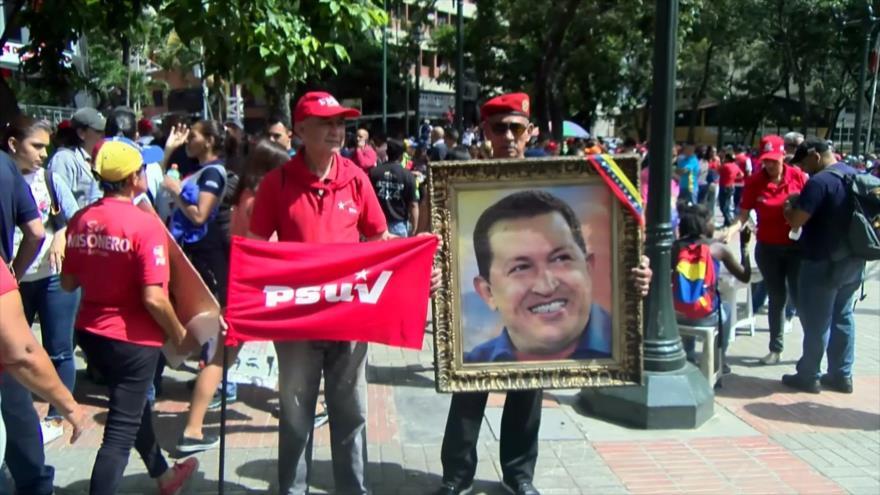 Venezolanos recuerdan primer triunfo electoral de Hugo Chávez