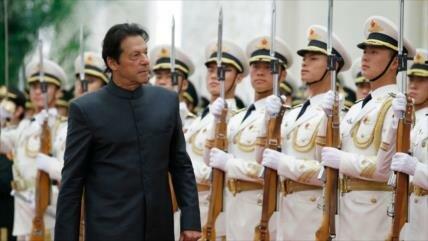 """Imran Jan a Trump: Paquistán ya no es """"asesino a sueldo"""" de EEUU"""