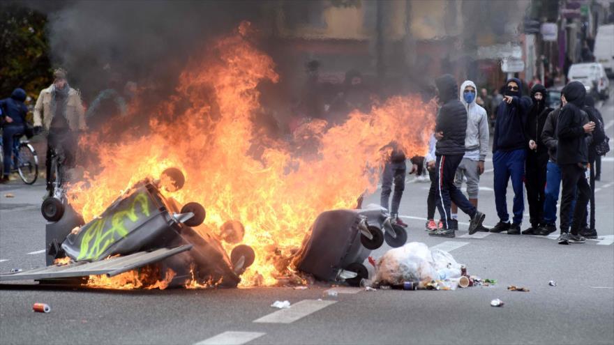 "Medios sirios se burlan de protestas de París como ""primavera francesa"""