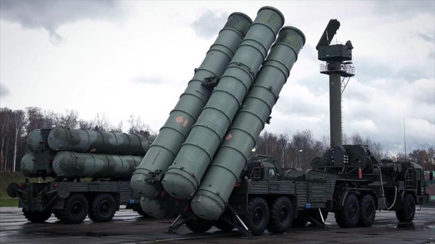 Sistemas antiaéreos S-300 de fabricación rusa.