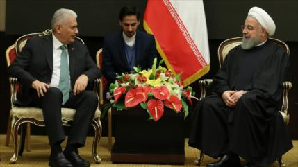 Turquía: Sanciones de EEUU contra Irán están fuera del lugar
