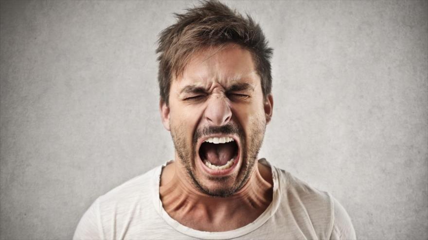 Investigadores de la Universidad de Ginebra (UNIGE) dicen que el cerebro es más rápido percibiendo la ira que alegría.