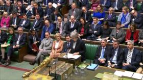 May aplaza votación de Brexit en Parlamento para evitar su derrota