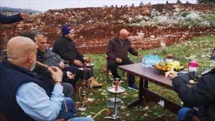 Fotos: libaneses se recrean durante operación de túnel de Israel