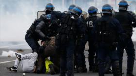 Irán condena la 'violenta represión' de manifestantes en Francia