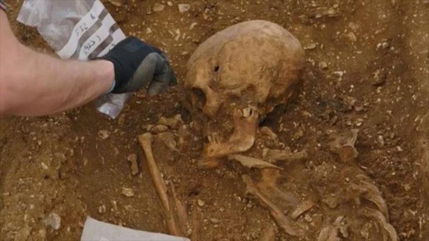 Descubren esqueleto de un 'vampiro' en el condado de Yorkshire, en el noreste del Reino Unido.