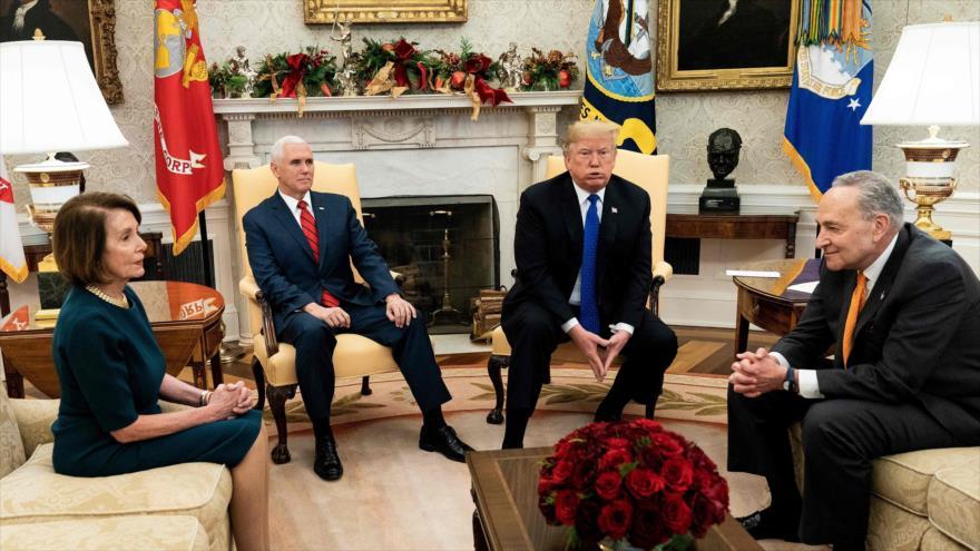Trump amenaza con cerrar el Gobierno si no logra fondos para muro
