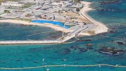 "Gobernador de Okinawa ""no cederá"" ante reubicación de base de EEUU"