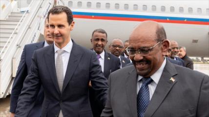 Primera visita de un líder árabe a Siria en 7 años de crisis