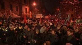 """Crecen voces contra """"Ley de Esclavitud"""" en Hungría"""