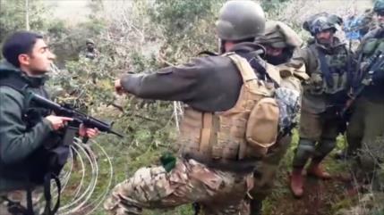 Vídeo: Soldado libanés apunta con su arma a militares israelíes