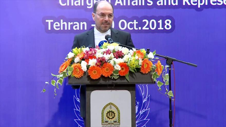 Viceministro de Asuntos Legales e Internacionales de la Cancillería iraní, Qolam Husein Dehqani, en una ceremonia en Teherán, 10 de octubre de 2018.
