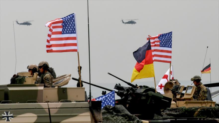 """Soldados participan en ejercicios militares multinacionales """"Noble Partner 2018"""" de la OTAN en Tiflis, Georgia, 1 de agosto de 2018. (Foto: AFP)"""