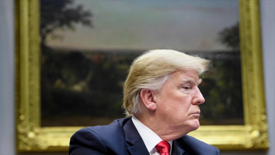 Trump relaja su posición sobre el fondo para construir su muro