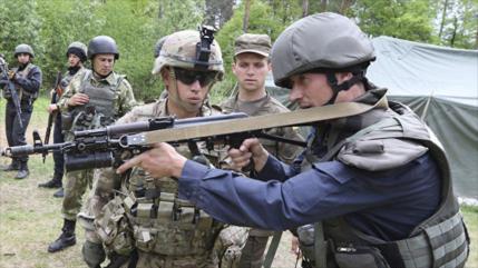 Rusia asegura que responderá si EEUU crea base militar en Ucrania