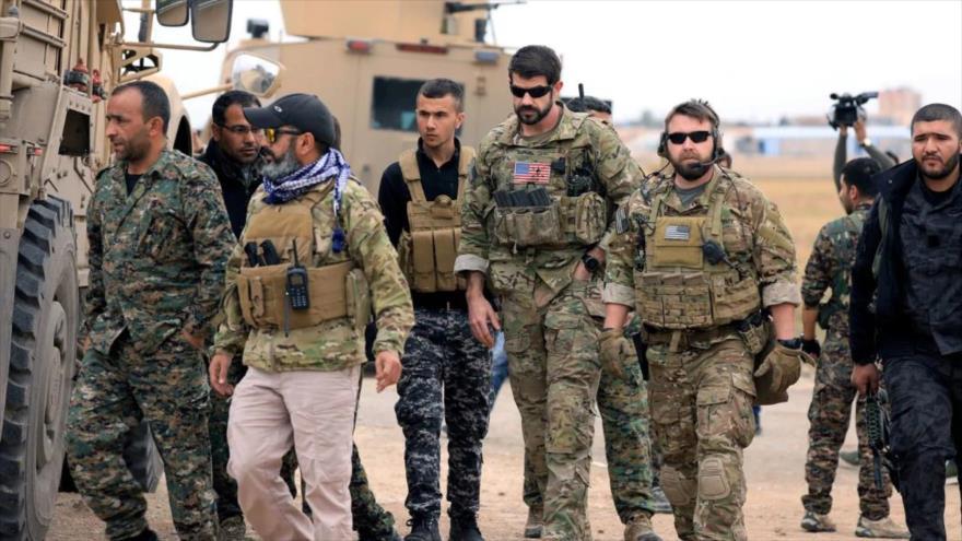 Las llamadas Fuerzas Democráticas de Siria (FDS) y tropas de EE.UU. en la provincia de Al-Hasaka, Siria, 4 de noviembre de 2018. (Foto: Reuters)