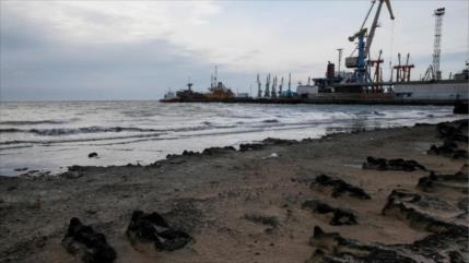 Ucrania reenviará buques al mar de Azov para desafiar a Rusia