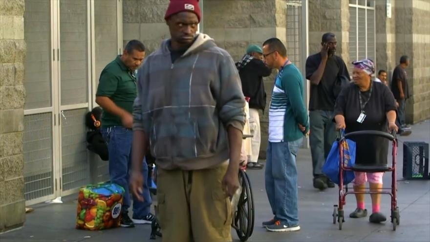 Buscan soluciones emergentes para indigentes en Los Ángeles