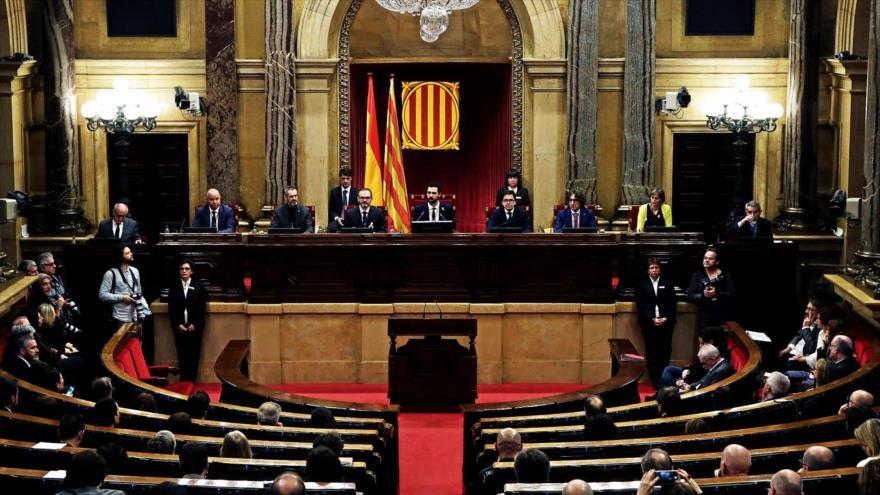 Una sesión parlamentaria en la sede del hemiciclo regional de Cataluña, en Barcelona.