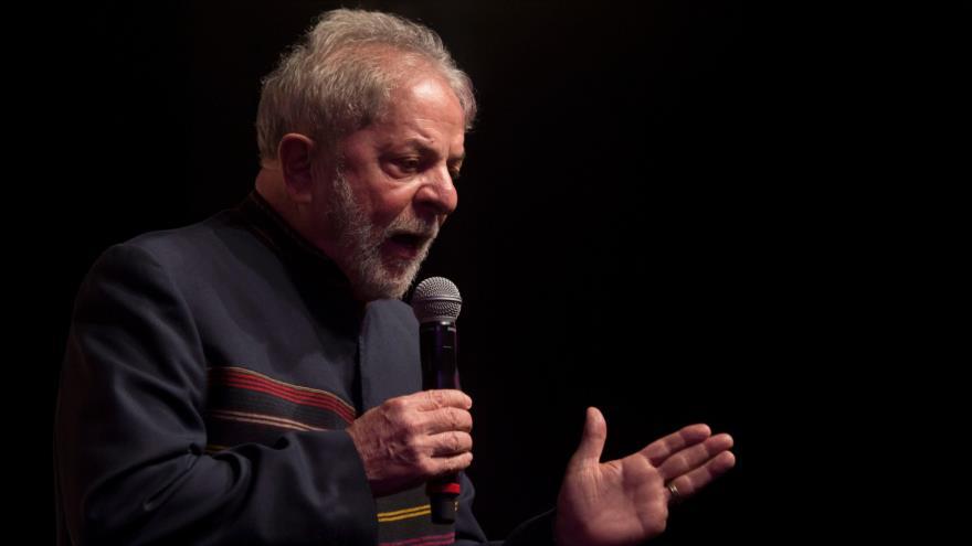"""Lula da Silva asegura que no es un preso, sino un """"rehén"""""""