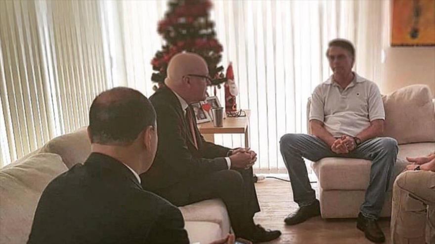 Bolsonaro se reúne con el líder opositor al Gobierno cubano