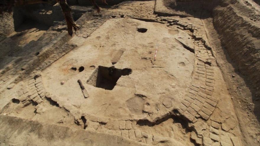 Hallan en Perú centro ceremonial de mil años con entierros humanos | HISPANTV