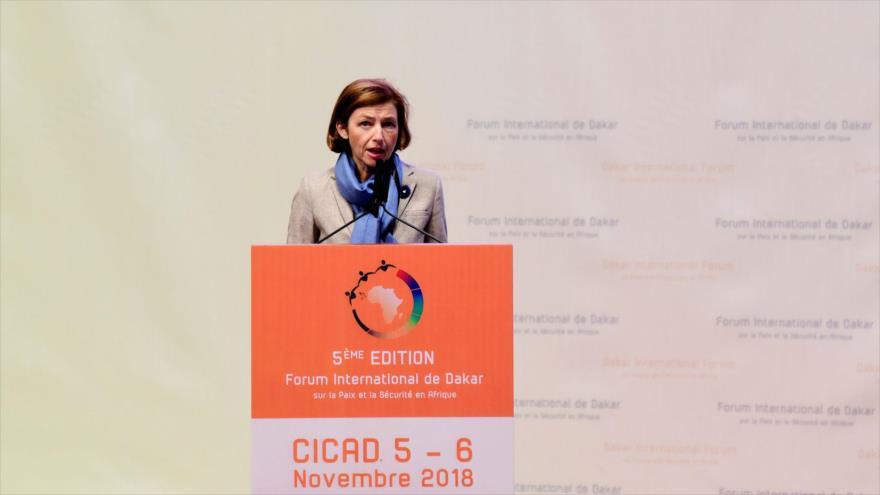 La Ministra de Defensa de Francia, Florence Parly, ofrece un discurso en Dakar (capital de Senegal), 5 de noviembre de 2018. (Foto: AFP)