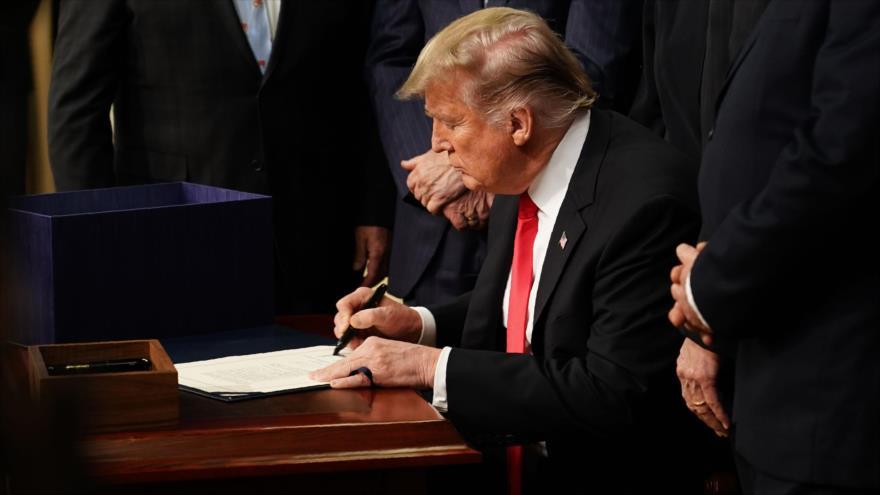 'Demócratas de EEUU, listos para pelear con Trump por embargos a Irán'
