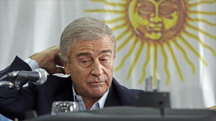 Justicia cita a ministro de Defensa por caso de familia de Macri