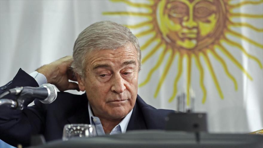 Justicia cita a ministro de Defensa por caso de familia de Macri | HISPANTV