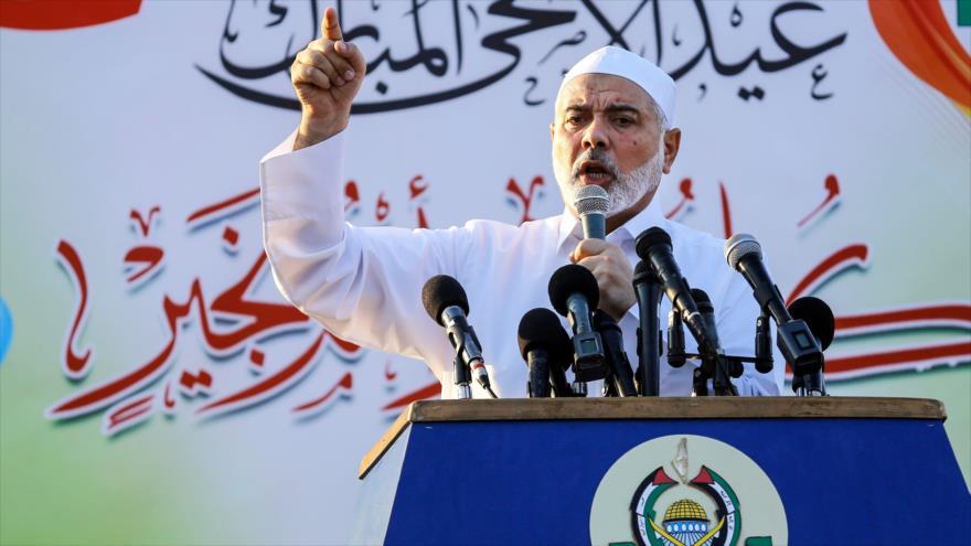 El líder del Movimiento de Resistencia Islámica de Palestina (HAMAS), Ismail Haniya, da un discurso en Gaza, 21 de agosto de 2018. (Foto: AFP)
