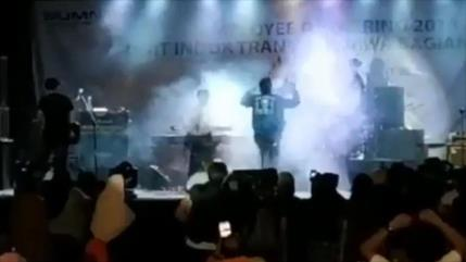 Tsunami de Indonesia arrasa el concierto de una banda local